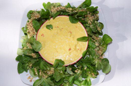 Wiosenna sałatka z roszponki z sosem curry Thermomania Thermomix