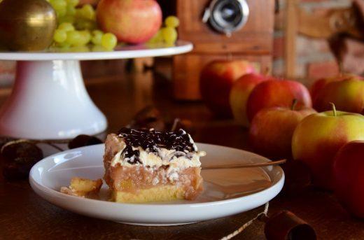 Szarlotka kasztelańska biszkopt jabłka krem czekolada Thermomania Thermomix