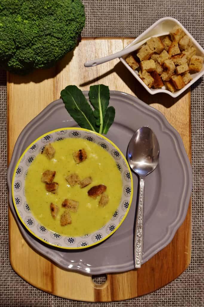 Zupa z brokułów z serem cheddar Thermomania Thermomix